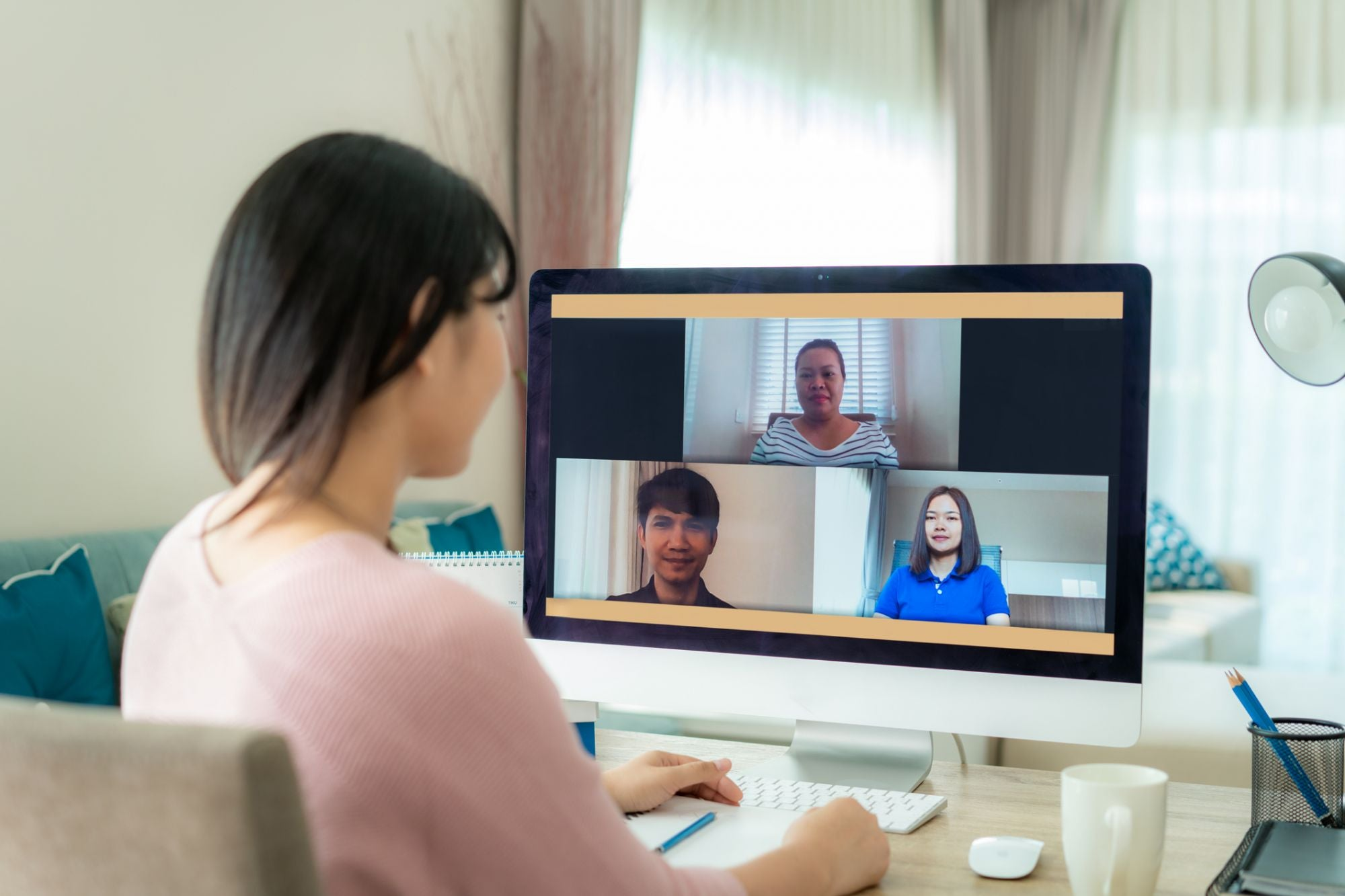 12 Tips Sukses Menjalankan Meeting Online Secara Efektif