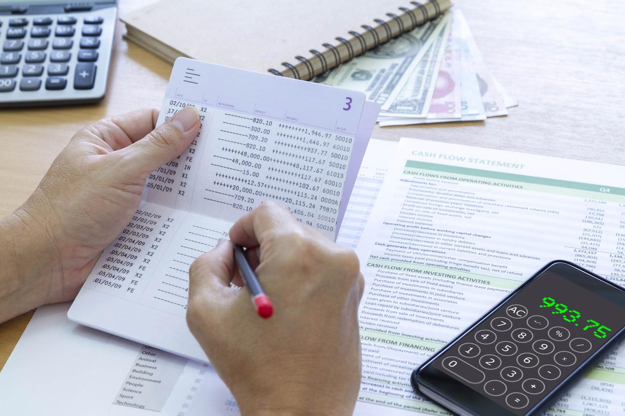 cara membuat laporan rekening koran
