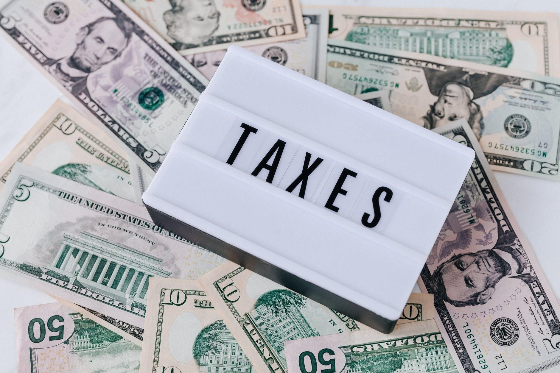 laporan pajak perusahaan