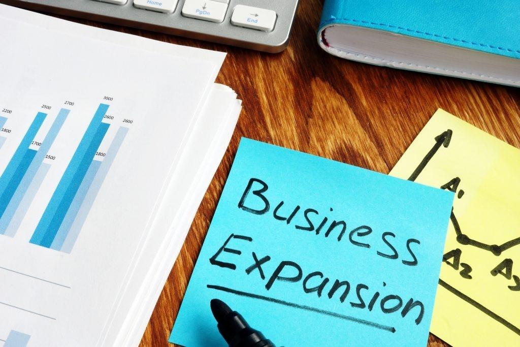 Ekspansi-Bisnis-Harmony