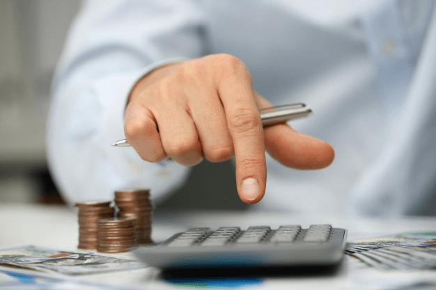 perbedaan hutang dan piutang