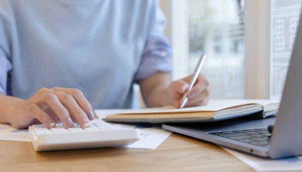 Manfaat catatan keuangan