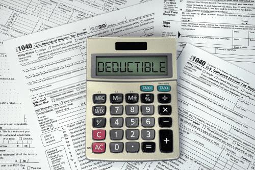 Contoh kasus deductible expense