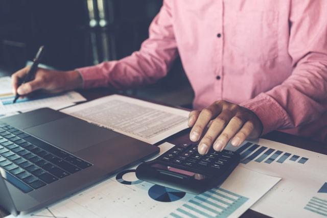 Contoh anggaran berimbang