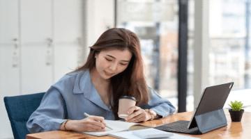 Jurnal Retur Penjualan, Bagaimana Cara Mencatatnya dan Contohnya?