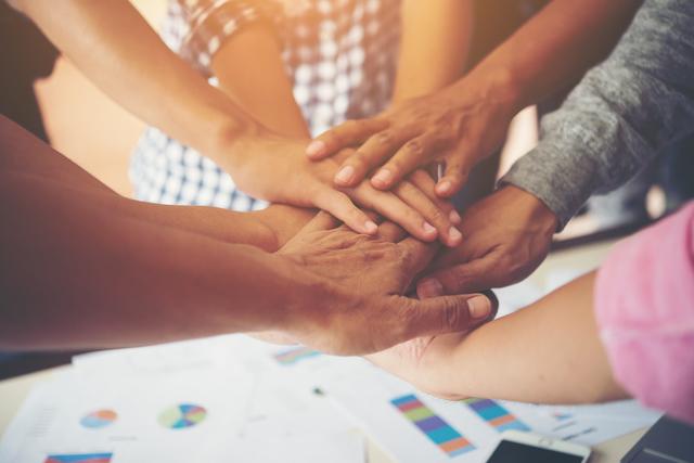 Jenis kolaborasi bisnis komunitas